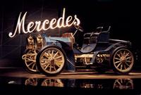 人気の「メルセデス・ベンツ博物館」が、オープン一周年の画像
