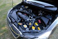エンジンの形式は、伝統の水平対向4気筒。新開発された1.6リッターと2リッターの2種類がラインナップする。ターボ車は用意されない。