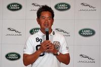 2012年の賞金王である藤田寛之選手は、もともと「レンジローバー」が大のお気に入り。現在までの過去15年間、同車に乗り続けている。