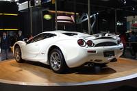 北京ショーに初出展した光岡自動車の「オロチ」。