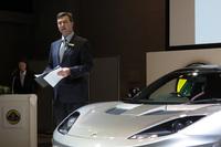 この発表会に合わせて来日した、英ロータスカーズ ヘッド・オブ・テクニカルのサイモン・ウッド氏。