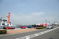 週末の港ヨコハマをフェラーリF1が激走!の画像
