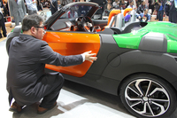 ダイハツブースの主役は新型「コペン」【東京モーターショー2013】の画像