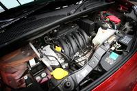 搭載されるエンジンは1.6リッター直4。105psと15.1kgmを発生する。
