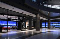 グランフロント大阪・ナレッジキャピタル1階に位置する、メルセデス・ベンツ コネクション。