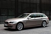 「BMW 5シリーズツーリング」に新グレード登場の画像
