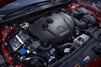 「アテンザXD」の2.2リッター直4ディーゼルターボエンジン。