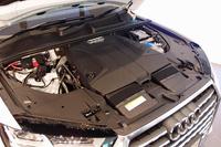 新型では、「Q7」として初めて2リッター直4エンジン搭載モデルがラインナップされる。