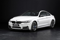 「BMW M4クーペ M Performance Edition」