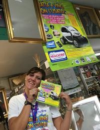 2016年9月現在、イタリアのリサイクルショップチェーン「イル・メルカティーノ」が展開しているキャンペーン。特賞の電気自動車「ルノー・トゥイジー」で、エコな雰囲気を盛り上げる。