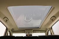 最大の特徴、1500×800mmのガラス大天井「パノラミックルーフ」