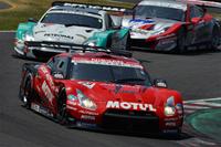 柳田真孝/ロニー・クインタレッリ組のNo.23 MOTUL AUTECH GT-R。ポールポジションからのスタートだったが……。
