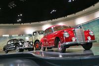 こちらは、往年のメルセデス・ベンツ車。2016年に10周年を迎えた、ドイツ・シュトゥットガルトのメルセデス・ベンツ博物館で。
