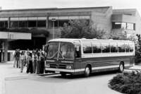 ダイムラー・ベンツは早くから密閉式の大型ガラスを採用していた。これは1974-82年に生産された有名な「O303」。(写真=Daimler)