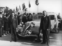1935年のモンテカルロラリーに参戦したルノーの高性能スポーツカー「ネルヴァスポール」。当初は社交イベント色の強かったラリーも、次第に競技色が強まっていった。