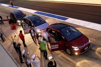 予選の後には、同日発表、発売されたシトロエンの新型車「C4ピカソ」「グランドC4ピカソ」によるサーキットタクシーが行われた。