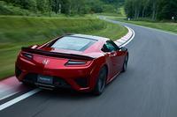 フロントのツインモーターユニットは、高速走行時でもモーターアシストが可能なように各部を改良。車速がモーターの許容回転域を超える場合は、プラネタリーギアのリングフリー制御によってモーターを保護する。