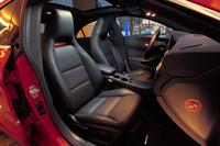 ヘッドレストが固定式となるシートのデザインも「Aクラス」に準じる。