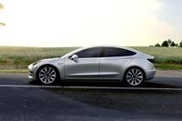 テスラが新型電気自動車のモデル3を発表の画像