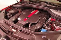 「メルセデスAMG GLE43 4MATICクーペ」の3リッターV6ツインターボエンジン。