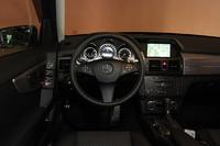 メルセデス・ベンツGLK300 4MATIC(4WD/7AT)【短評】