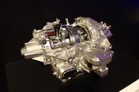 リアアクスルに搭載されるTMU(ツインモーターユニット)。