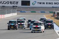 現役ドライバーに加え、高橋国光さん、中嶋 悟さんが参加した「N-ONE OWNER'S CUPエキシビションレース」。