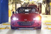 マツダ、新型ロードスターの生産を開始の画像