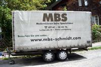 「走る広告看板」、ドイツの街に停泊中