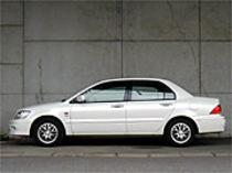 三菱ランサーセディアSE-R(CVT) vs 日産プリメーラセダン1.8Ci LセレクションNEO Di(CVT)【ライバル車はコレ】