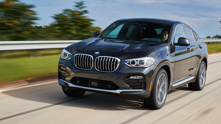 BMW X4 xDrive30i(4WD/8AT)/X4 xDriveM40d(4WD/8AT)【海外試乗記】