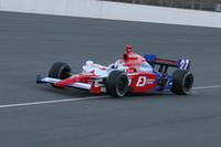「インディカー」を駆ったのは、来季、名門チームであるアンドレッティ・グリーン・レーシングからインディカー・シリーズに参戦が決定した武藤英紀。