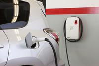 トヨタ、テスラと共同開発した「RAV4 EV」を発表の画像