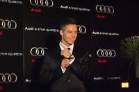 ルマン2連覇を果たしたアンドレ・ロッテラー選手にはスポンサーの「タグ・ホイヤー」から腕時計が贈られた。