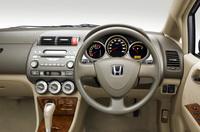 トヨタ・ベルタのライバル車はコレ【ライバル車はコレ】の画像