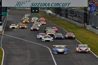 GT300クラスの予選トップは、No.18 UPGARAGE BANDOH 86。これにNo.31 TOYOTA PRIUS apr GTが続いた。