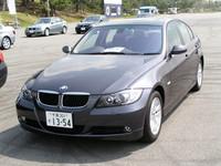 """第211回:「BMW 3シリーズ」&「VWゴルフGTI」試乗で思う…""""いいクルマ""""ってなんだろう?"""