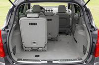 308SWのインテリア。シートを外して荷室を拡大できる。(写真は欧州仕様車)