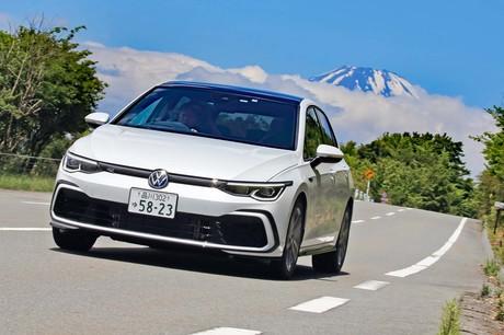 コンパクトカーのベンチマークたる「フォルクスワーゲン・ゴルフ」の8代目モデルがついに日本の道を走り始...