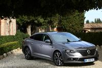 「ルノー・タリスマン」。現行ルノーのラインナップにおける最高級車である。なお、フランスで製造されている同車の姉妹車として、韓国ルノーサムスンの「SM6」がある。