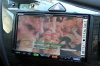 手持ちのカーナビが映像入力付きならモバイル放送が楽しめる。