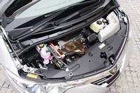 トヨタ・エスティマハイブリッドG(4WD/CVT)【試乗速報】の画像