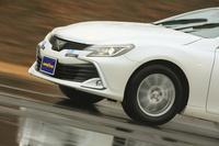 試走車の「トヨタ・マークX」に装着されたグッドイヤーの新製品「エフィシエントグリップ コンフォート」。
