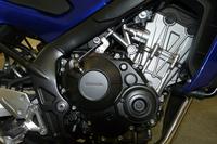 「CB650F」に搭載された状態の新型エンジン。