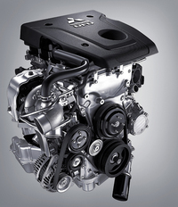 新開発の2.4リッターディーゼルターボエンジン。