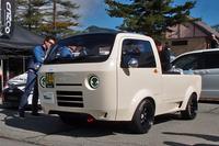 こちらは「ホンダ・アクティトラック」をベースに開発されたカスタマイズカー「T880」。浅間ヒルクライムでは、ナンバーの付かないユニークなクルマが多数出走する。