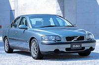 ボルボ「S60」にエントリーモデルの画像