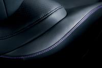 「レクサスHS250h」に黒革内装の特別仕様車の画像
