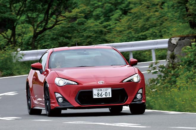 """トヨタ86 """"TRD Performance Line装着車""""(FR/6MT)【試乗記】"""