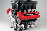 メルセデスベンツなどのエンジンを手がけた経験のあるイルモアエンジニアリングと共同で開発した3.5リッターV8・NAエンジン「H13R」。第2戦フェニックスではやくも初勝利を手にした